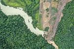 重庆武隆山体滑坡形成堰塞湖