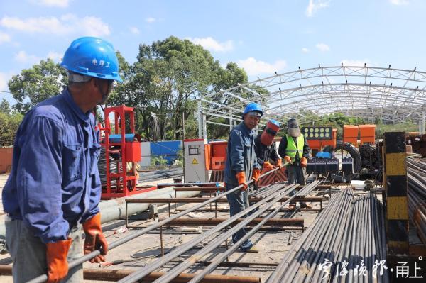 积极与宁波市轨道交通公司和设计单位相关部门沟通协调