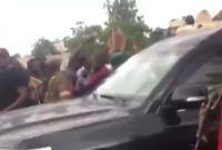 外媒:马里总统宣布辞职 此前因国内哗变被扣留