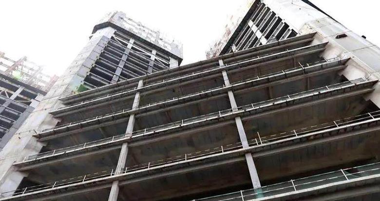 """曾被称为""""慈溪第一高楼""""的烂尾建筑要拍卖了"""