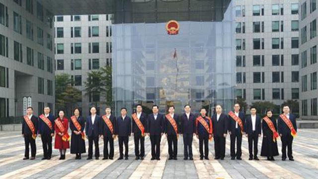 宁波14位职工当选全国劳动模范和先进工作者 在京接受表彰