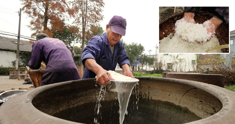 老底子的味道 慈城农户用传统法子酿造米酒