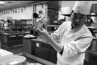 """中国烹饪大师告诉你腌制呛蟹""""三步""""曲"""