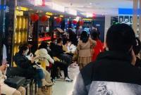 """春节""""不打烊"""" 服务""""不断档"""" 宁波市场餐饮消费旺"""