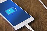 手机充电应该先插手机还是先插电源?大多数人都错了…