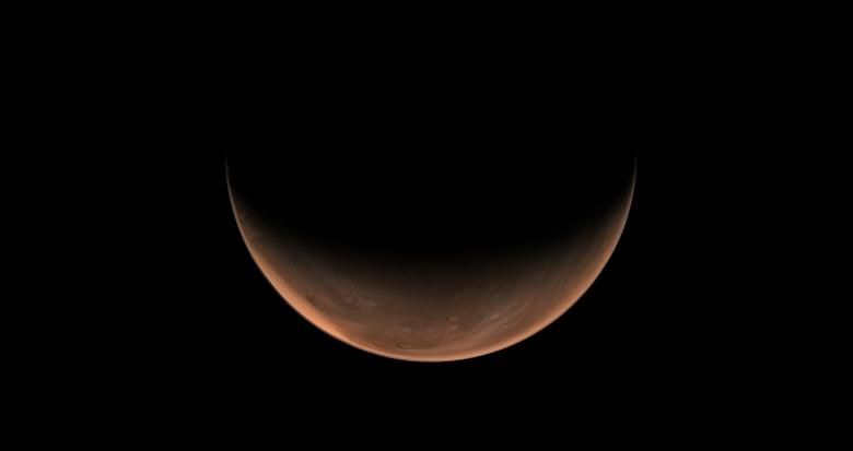 """天问一号拍摄火星""""侧颜美照"""""""