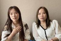 """刷视频刷到""""另一个自己""""?养母证实两人为双胞胎"""