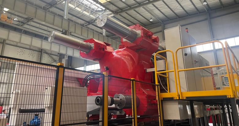 总价超1亿元!甬企发布全球最大吨位压铸机