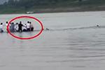 重庆35岁老师跳江救人不幸遇难 孩子在岸上目睹全过程