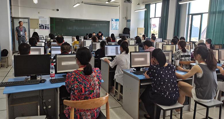 宁波中考成绩怎么出炉的?记者带你去评卷现场看看