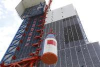 中国首次完成火箭整流罩带伞降落试验