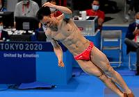 第30金!谢思埸王宗源包揽跳水男子3米板冠亚军