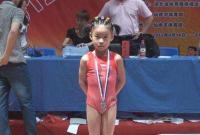 管晨辰妈妈:学体操是一时冲动 女儿永远是我们的骄傲!