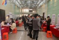 宁波教培行业职位数下降近30% 超4成从业者已离职