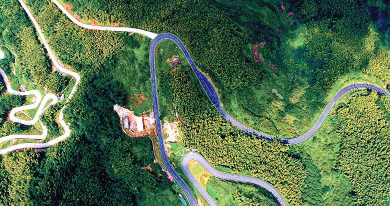 建美丽公路 助乡村振兴