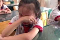 """慈溪这个小女孩大哭的样子""""火""""遍全网!很多人都被感动了"""