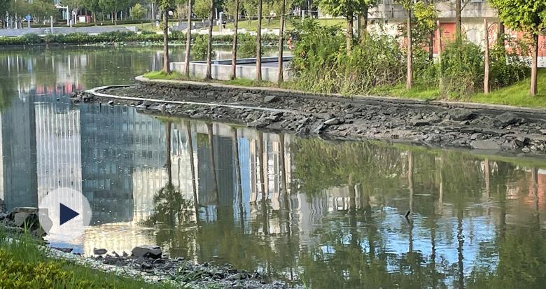 """应对台风""""灿都"""" 宁波城区内河开闸放水"""