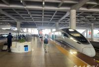 全程1个半小时 记者体验宁波到上海最快高铁
